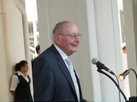 Professor Dr. Großklaus, Präsident des Bundesgesundheitsamtes a.D.