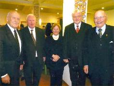 Staatssekretär a.D. Gerd Naulin (links) und Professor Dr. Dieter Großklaus (rechts) mit den Gästen: Dr. Lipping aus Tallinn (2. von rechts) und Prof. Dr. med. Dziutars Mozgis aus Riga (2. von links)